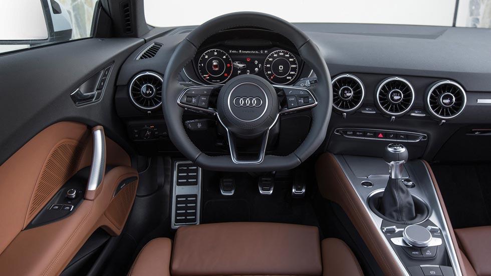 Audi TT tdi interior deportivo
