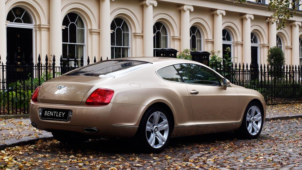Bentley Continental GT trasera dorado lujo coupe
