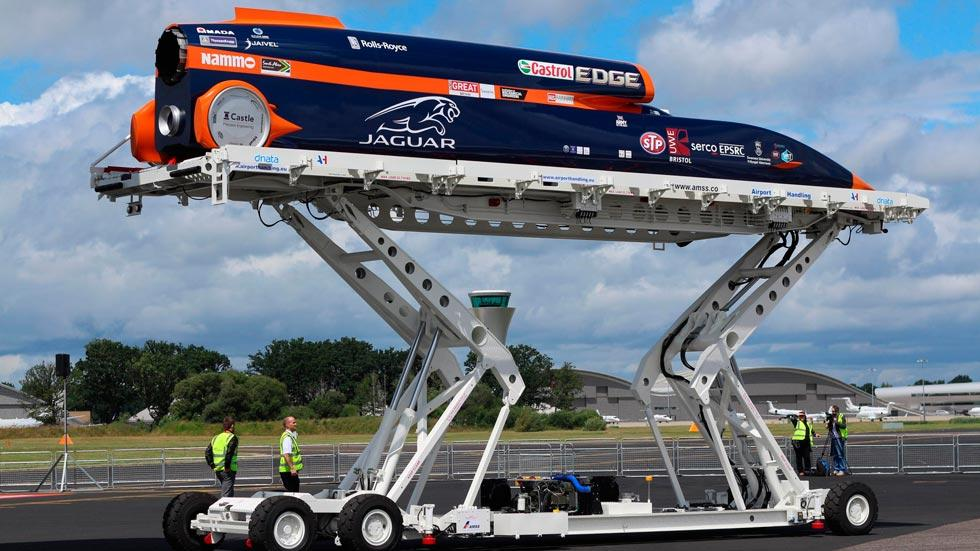Bloodhound SSC lateral cargo