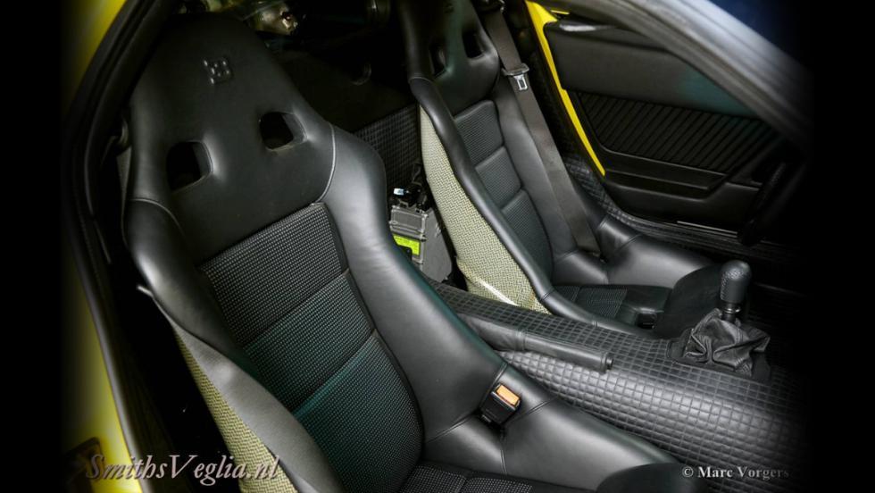 Un Bugatti EB110 SS en venta