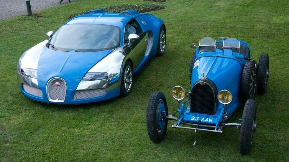 Bugatti Veyron Centenaire azul clásico