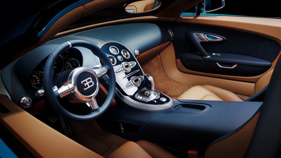 Bugatti Veyron Meo Constantini interior azul marron cuero