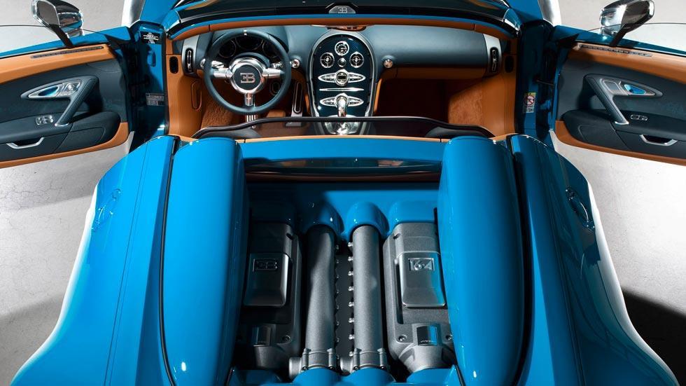 Bugatti Veyron motor interior