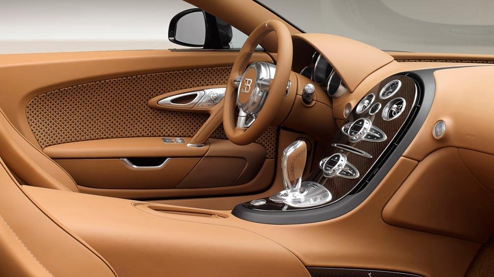 Bugatti Veyron Rembrandt interior legendes