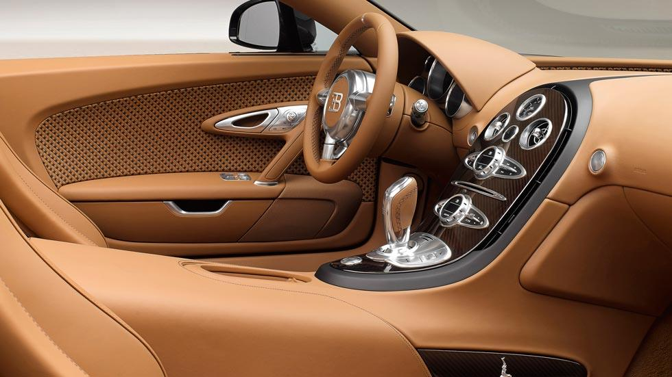 Bugatti Veyron Rembrandt interior lujo cuero marron