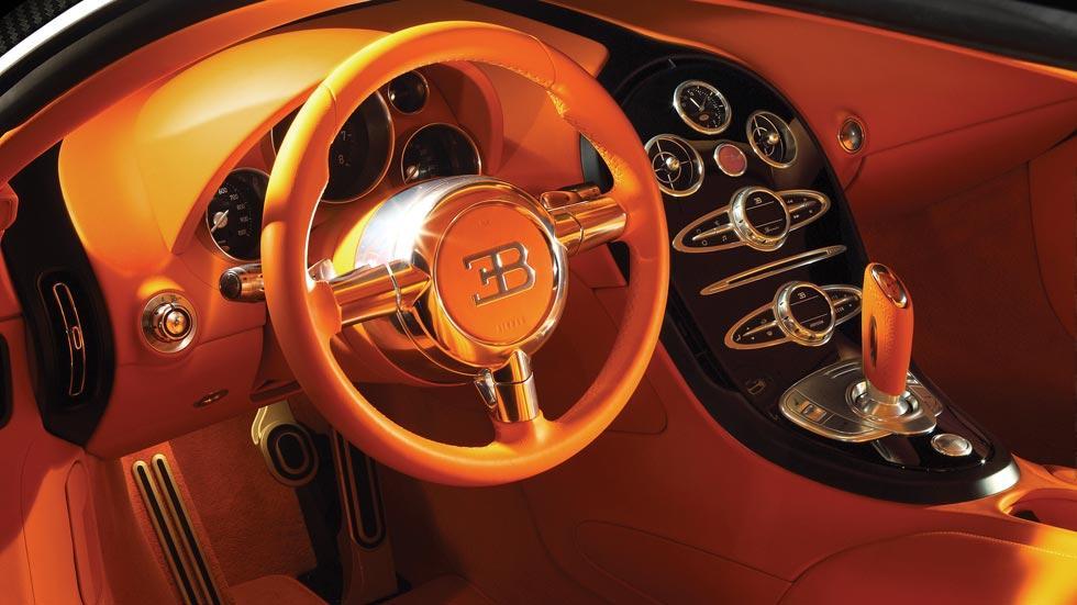 Bugatti Veyron Sang Noir interior naranja lujo cuero