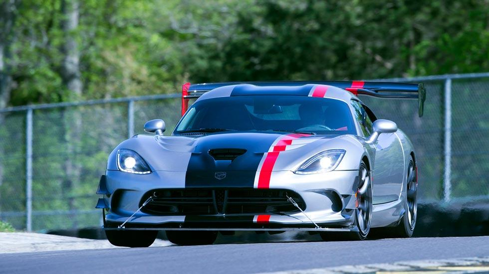 Dodge Viper ACR frontal deportivo radical