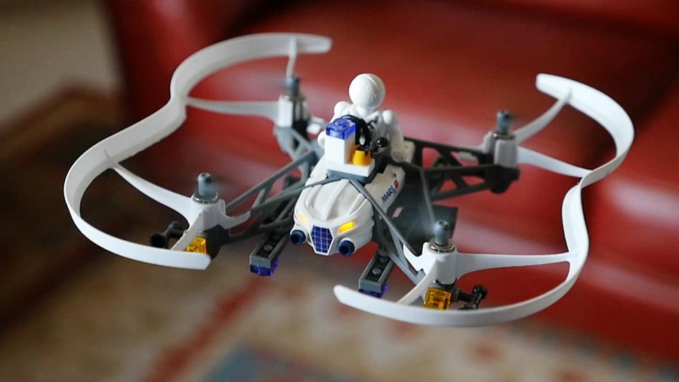 Dron para vuelo en interiores