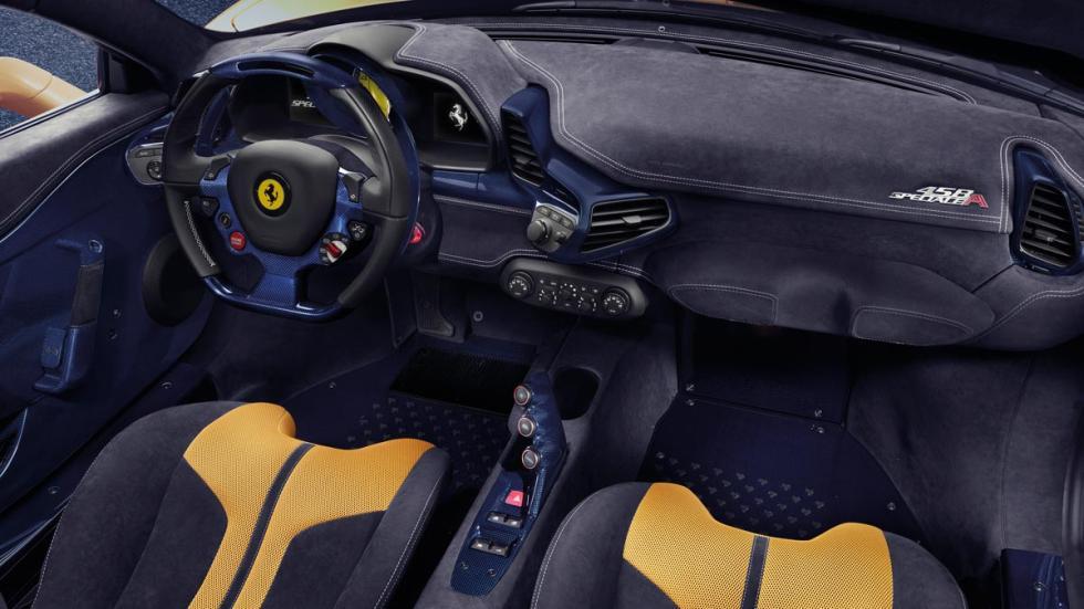 Ferrari 458 Speciale A interior lujo descapotable