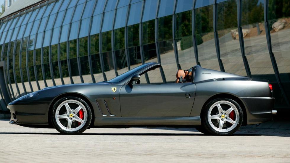 Ferrari 575 Superamerica lateral