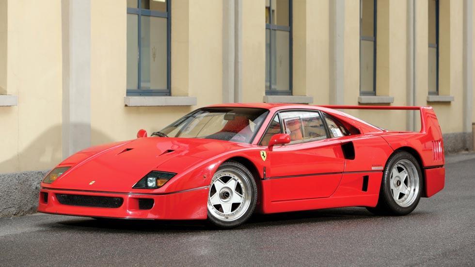 Ferrari F40 superdeportivo rojo