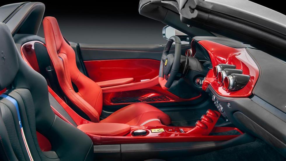 Ferrari F60 America interior lujo descapotable