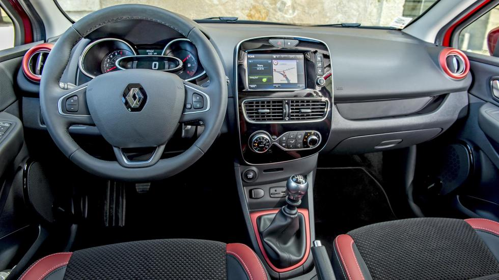 En el interior, el nuevo Renault Clio puede tener radio digital y materiales algo más aparentes
