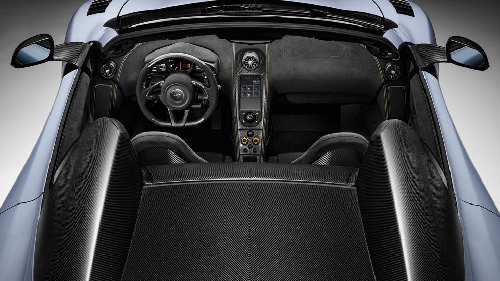 McLaren 675LT Spider interior lujo deportivo