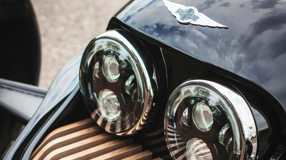 Morgan EV3 Selfridges faros led xenon
