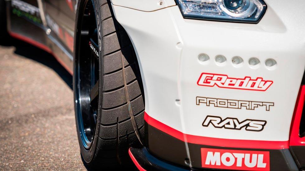 Nissan GT-R Drift record neumático