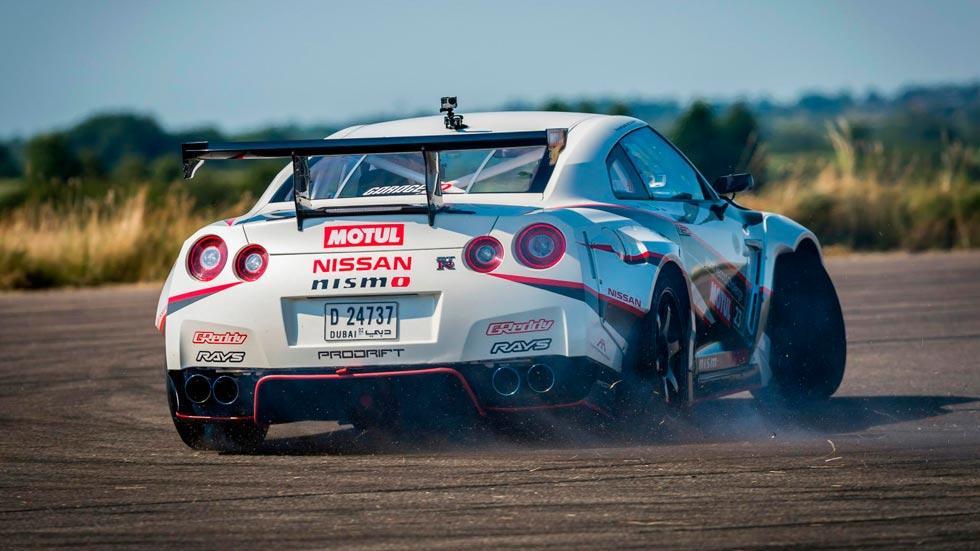 Nissan GT-R Drift record trasera