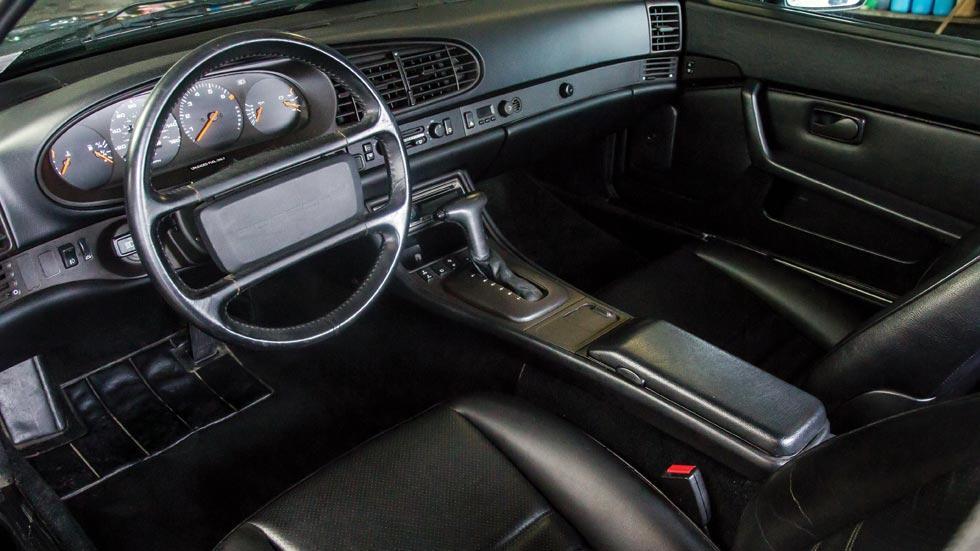 Porsche 944 interior cuero negro
