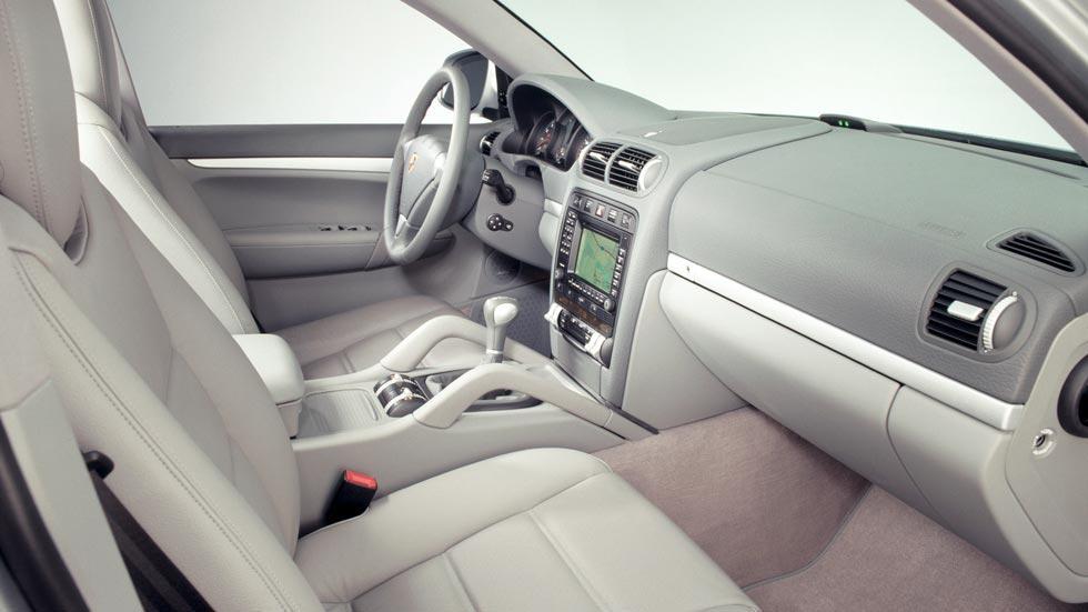Porsche Cayenne interior primer