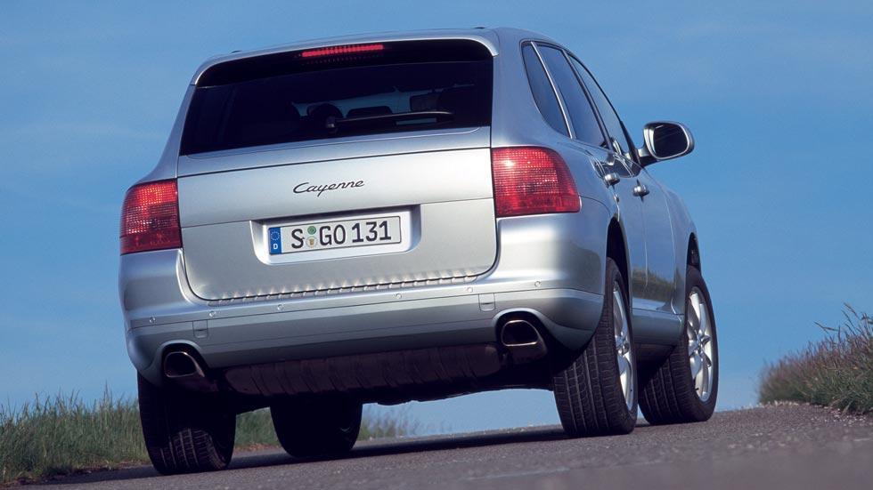 Porsche Cayenne trasera suv primer