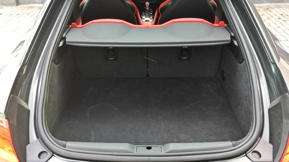 Prueba Audi TTS maletero