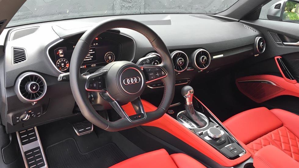 Prueba Audi TTS salpicadero interior