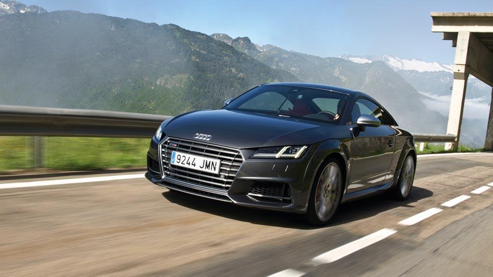 Prueba Audi TTS gris deportivo