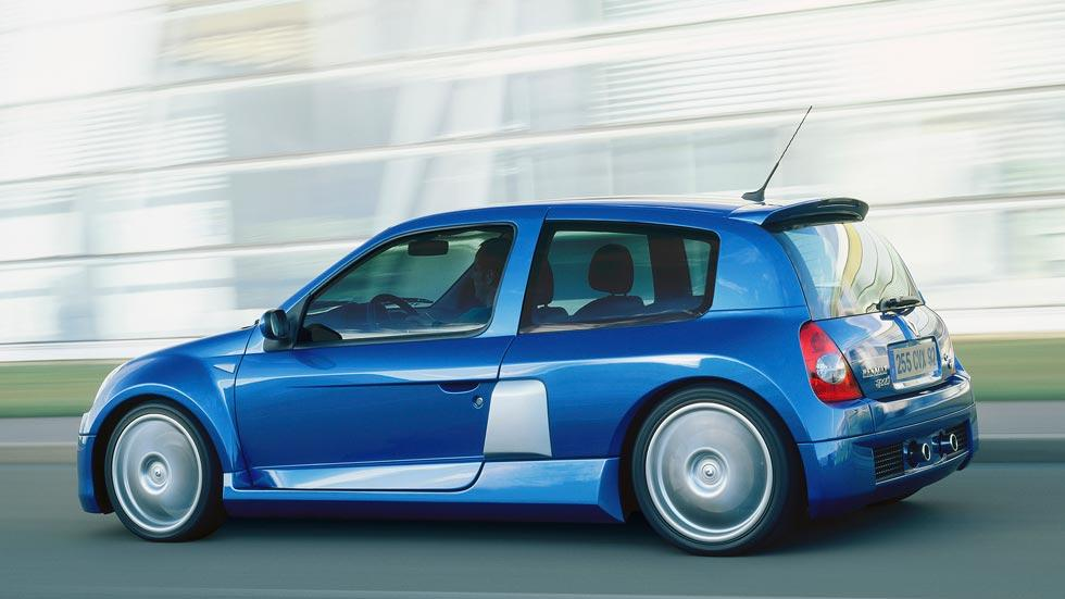 Renault Clio V6 lateral trasera