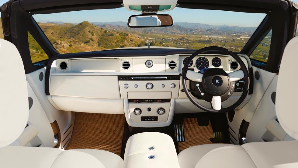 Rolls-Royce Phantom Drophead Coupé interior lujo