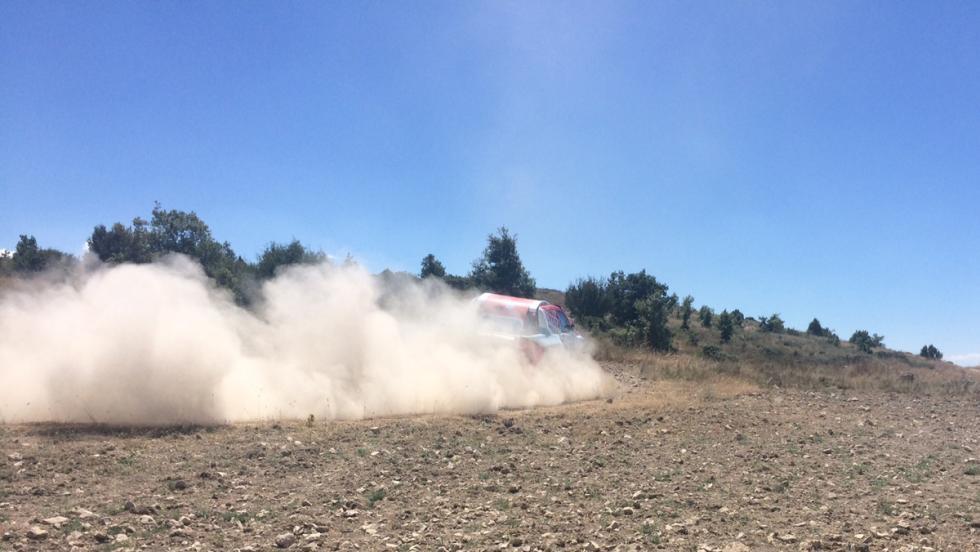 Toyota Hilux Nani Roma Baja Aragón (VII)