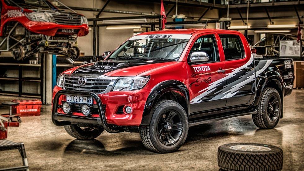 Toyota Hilux V8 todo terreno salvaje