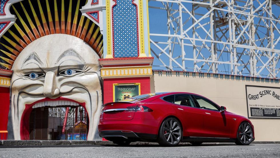Cinco mejores coches para atropellar a tu jefe: Tesla Model S
