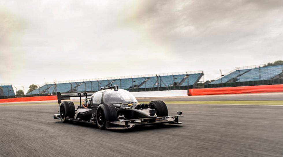 DevBot, el nuevo coche de competición autónomo de Roborace