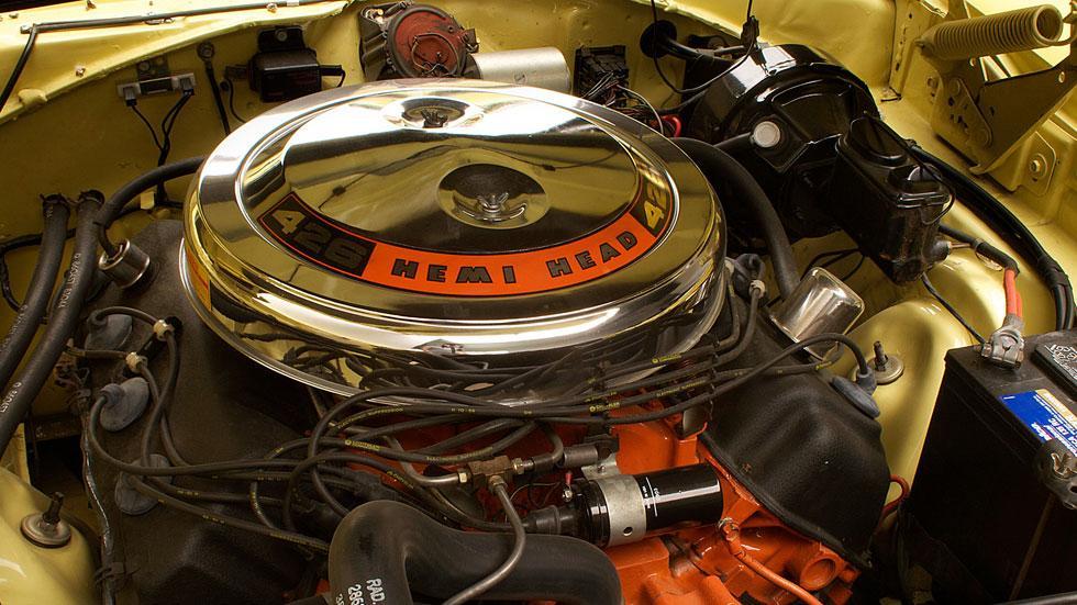 Dodge Charger motor Hemi 426