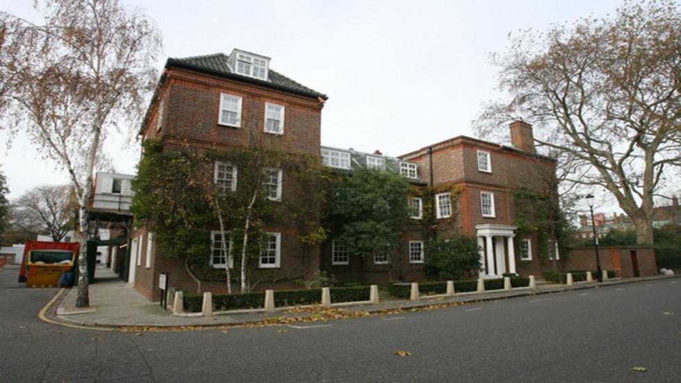 La insignificante casita de Bernie Ecclestone en Londres