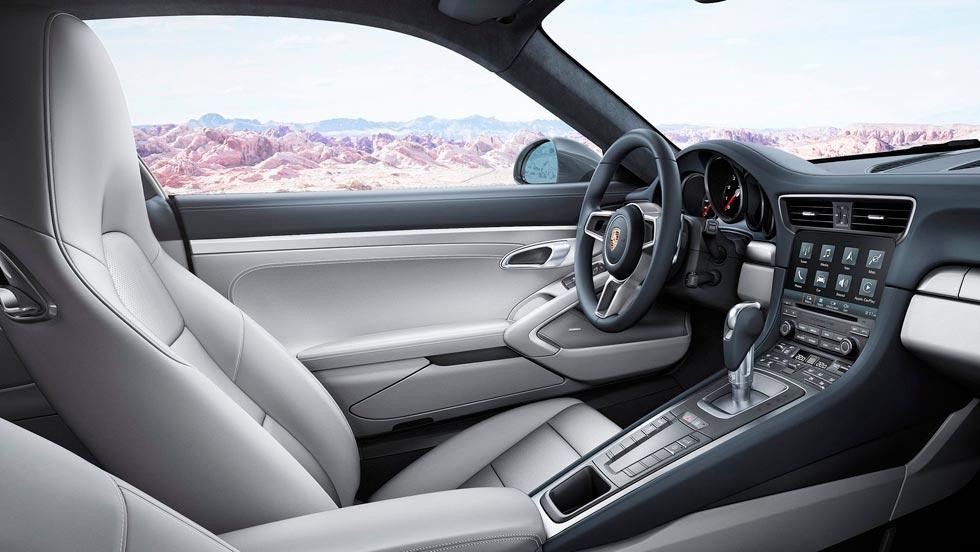 Porsche 911 Carrera Cabrio interior lujo deportivo