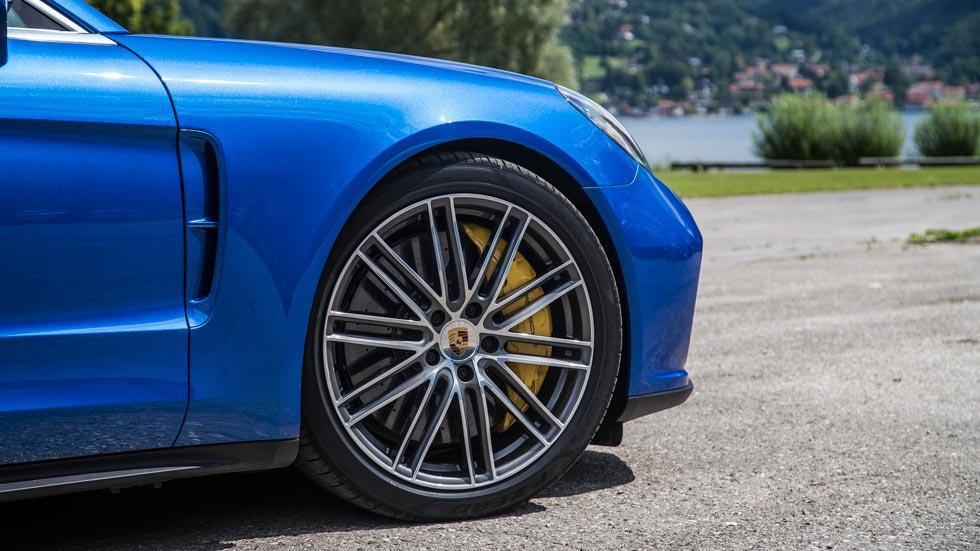 Prueba Porsche Panamera Turbo frenos cerámicos deportivo