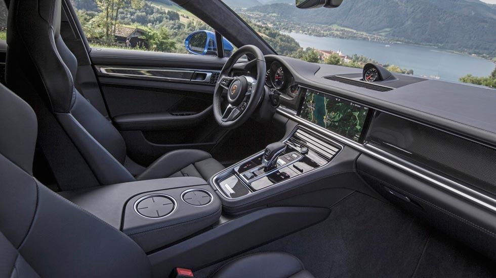 Prueba Porsche Panamera Turbo interior lujo cuero tecnología
