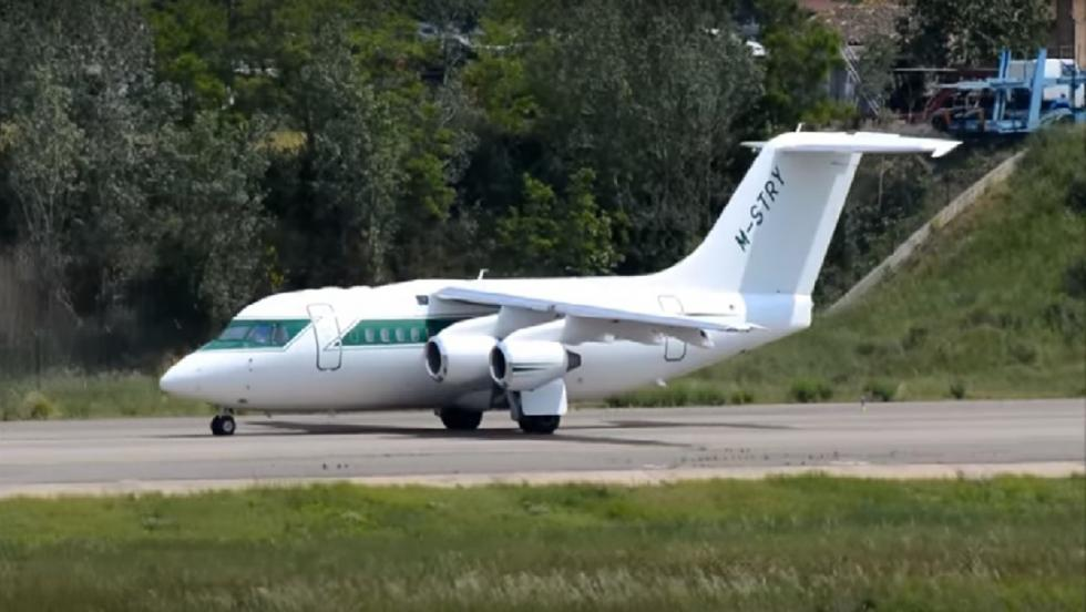 Un sencillo avioncito de Bernie Ecclestone