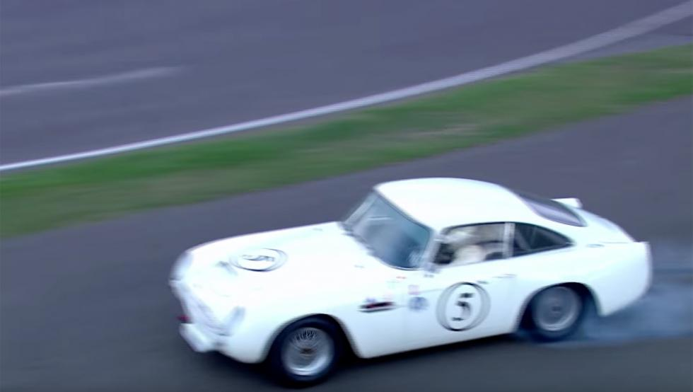 Adelantamiento Goodwood Revival