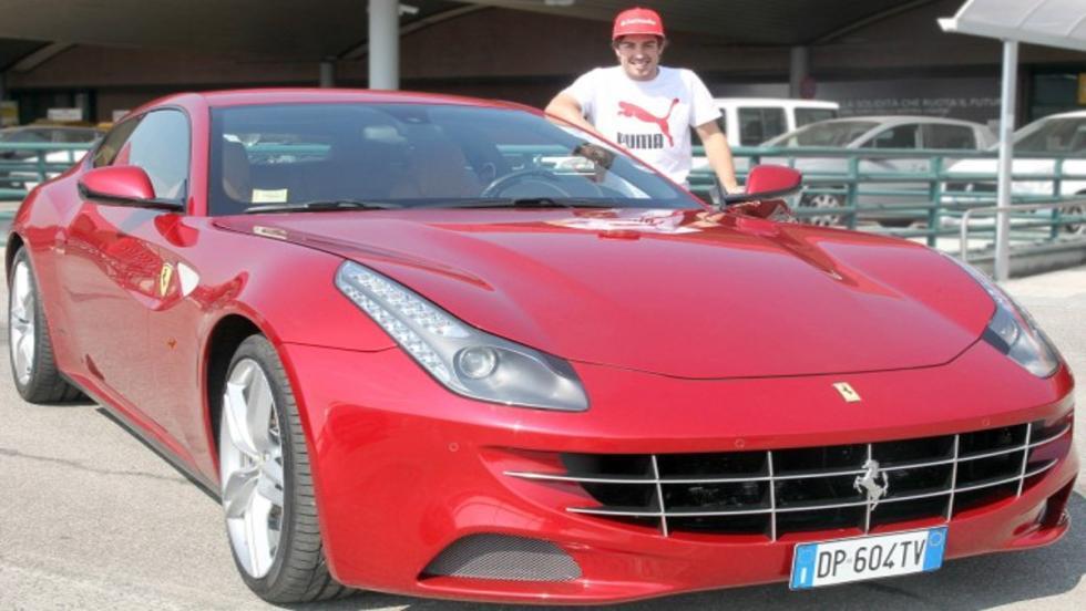 El Ferrari FF: uno de los espectaculares coches de calle de Fernando Alonso