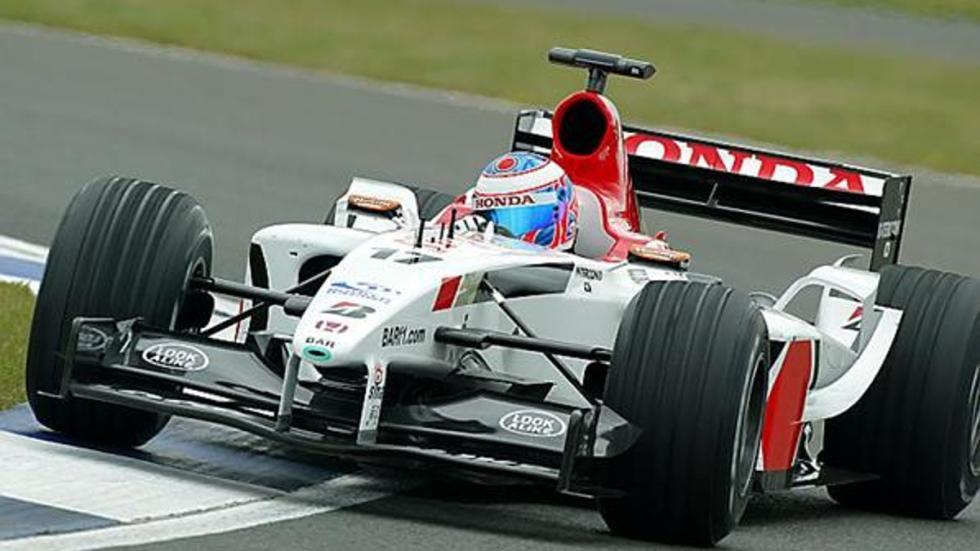 Jenson Button se marchó a BAR-Honda en 2003 y pilotó el BR005