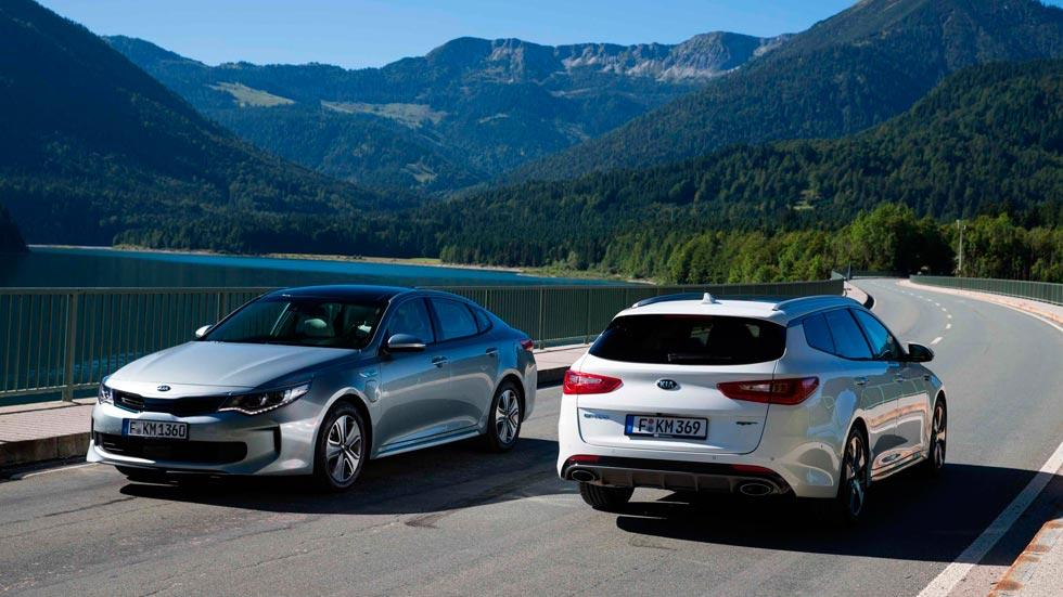 Kia Optima híbrido enchufable familiar trasera sedan