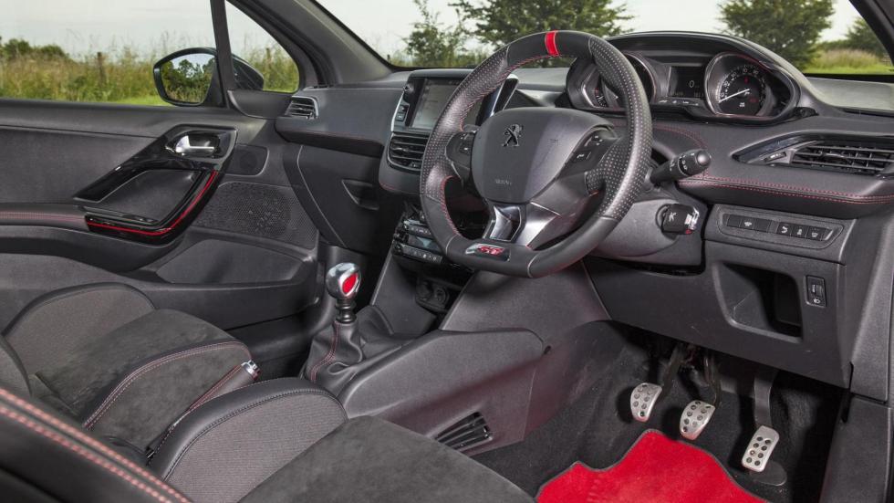 Peugeot 208 GTi Sport deportivo utilitario