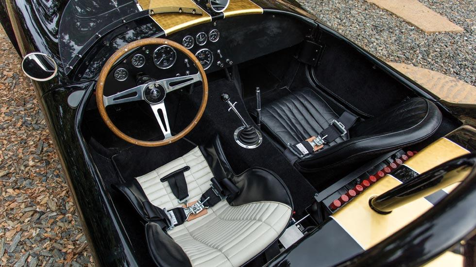 Shelby Cobra 427 Competition interior clasico deportivo lujo radical