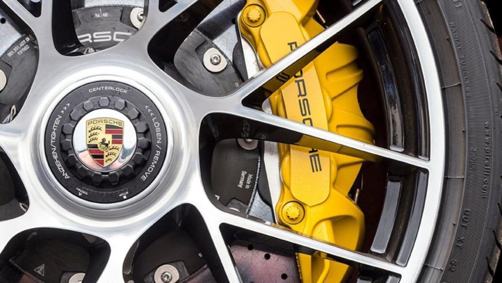 Bajar un puerto de montaña sin miedo - Porsche 911 Turbo S
