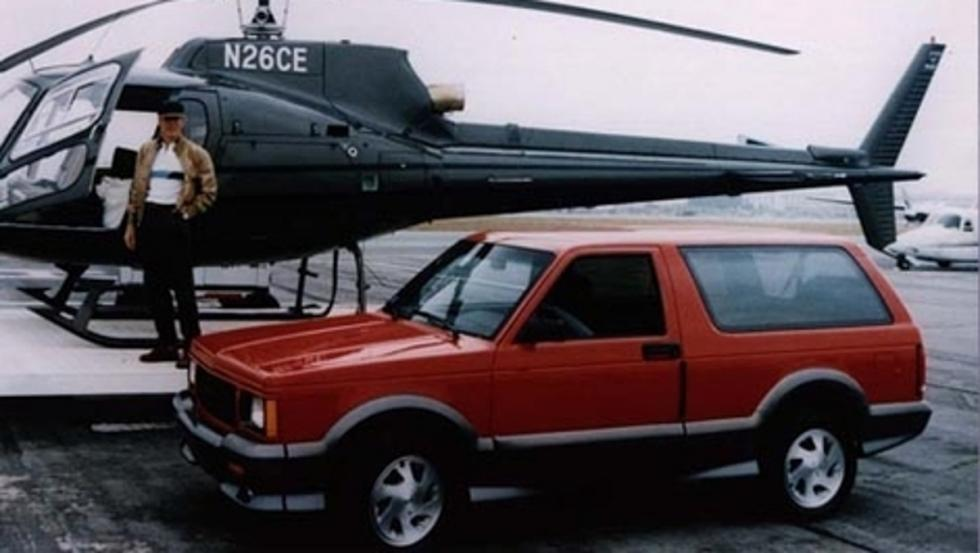 Clint Eastwood presume con su GMC Typhoon