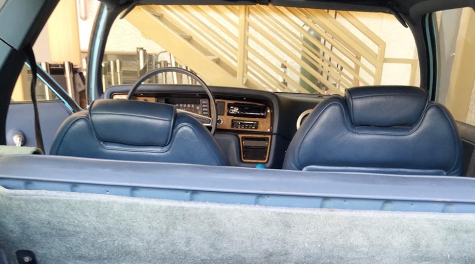 El coche de El Mundo de Wayne, subastado por 34.000 dólares