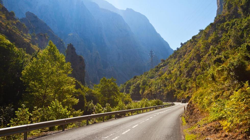Desfiladero de la Hermida, España carreteras espectaculares mejores