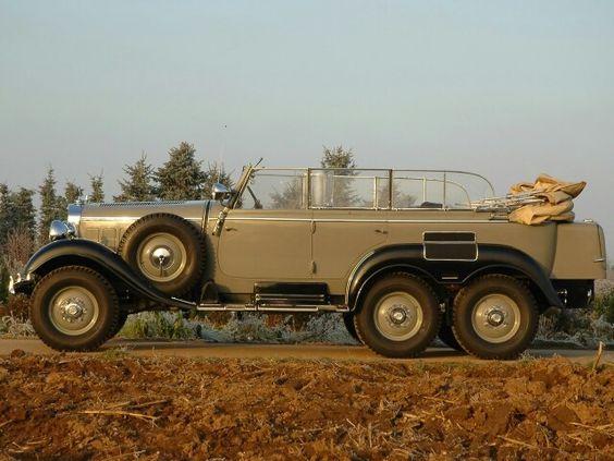 Franco recibió un Mercedes G4 regalado por Hitler
